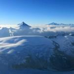 Bietschhorn-und-Walliser-Alpen-über-dem-Kanderfirn