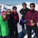 Schneeschuhwanderinnen auf dem Steinmandl