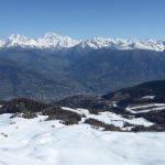 Blick über Aosta zum Gran Combin